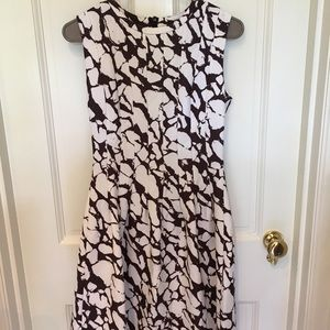 H&M size 6 fit and flare dress-brown and white